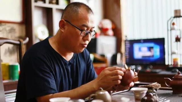 手艺人|李勇·游走在锔瓷工艺的传承路上